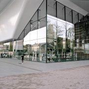 Excursie: Stedelijk Museum en Carlos Amorales (uitverkocht)